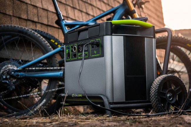 7.8 kWh Home Energy Storage Kit - Featuring the Yeti 3000X - V2