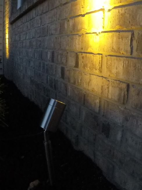 Solar Light with Color Selectable LED and Spot/Flood Lens - Stainless Steel