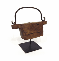 Go Home Spice Purse on Stand