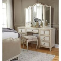 Pulaski Furniture Dresser