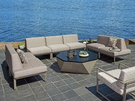 Tommy Outdoor Living Room