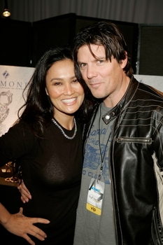 Tia Carrera & Billy Burke