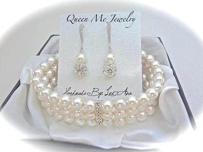 Pearl Bracelet  Wedding Bride Bridesmaid Bridal Jewelry Cuff Bracelet