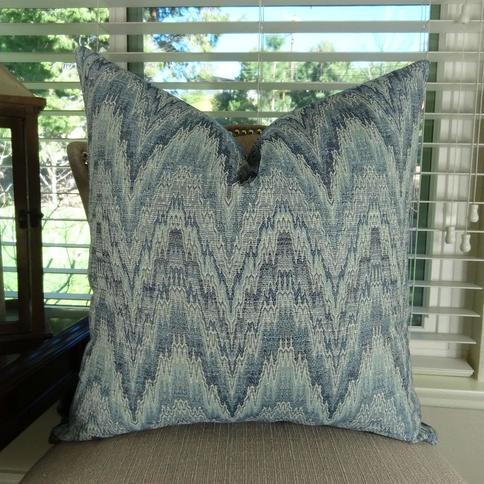 Thomas Collection Light Dark Blue Zig Zag Chevron Designer Throw Pillow, Handmade in USA, 11401S