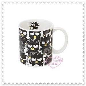 ♥小花花日本精品♥《Bad Badtz-maru》酷企鵝 陶瓷杯 馬克杯 咖啡杯 日本製 11212805