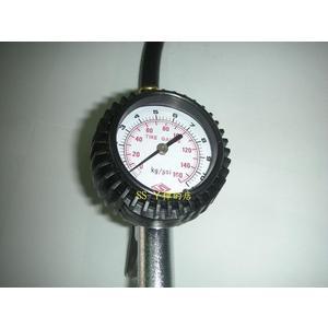 專利 三段式打氣量壓表用壓力表