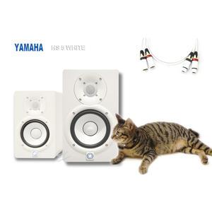 音響世界。YAMAHA HS 5 五吋兩音路70W主動式監聽喇叭。公司貨。白色。附日本CANARE純白線材+避震墊
