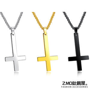 中性項鍊 Z.MO鈦鋼屋 倒十字架吊墜項鍊 十字造形項鍊 白鋼項鍊 中性項鍊【AKS1332】單條價