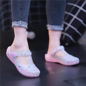 洞洞鞋新款印花洞洞鞋女涼拖鞋夏女士果凍鞋女拖鞋防滑女士包頭塑膠涼拖 時尚新品