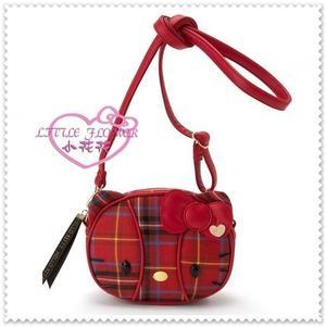 小花花日本精品♥Hello Kitty 斜背包 凱蒂貓側背包 紅色蘇格蘭紋 生日慶 大臉 42138204