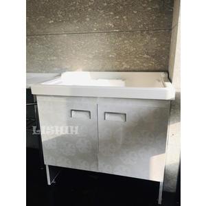 【麗室衛浴】簡約時尚 90CM人造石洗衣槽+不鏽鋼壓花系列浴櫃+4支調節腳柱