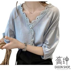 EASON SHOP(GW0516)韓版純色鉤花蕾絲拼接袖口縮口大V領短袖雪紡襯衫女上衣服落肩寬鬆內搭衫顯瘦粉色