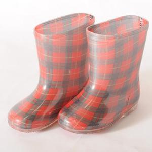 日本   日本製 兒童雨鞋  紅格子18CM  有別於Stample 兒童雨鞋 更有造型更特別