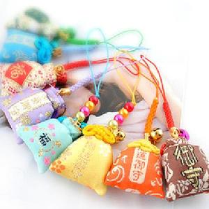 【BlueCat】日本神社刺繡結繩御守香包手機吊飾 車用平安符