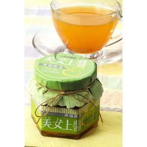 美(梅)女上醬~沖泡飲茶~(青梅精製,梅子醬具有水蜜桃及百香果兩種天然香味)--南投縣水里鄉農會