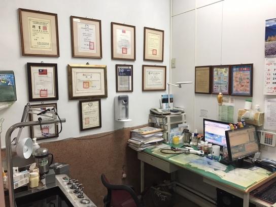 張金石小兒科診所