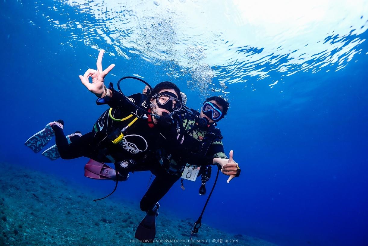 小琉球琉潛潛水教學背包客棧住宿