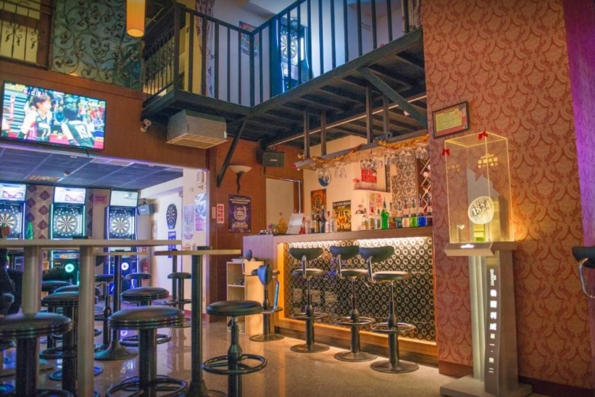 SF飛鏢概念餐酒館