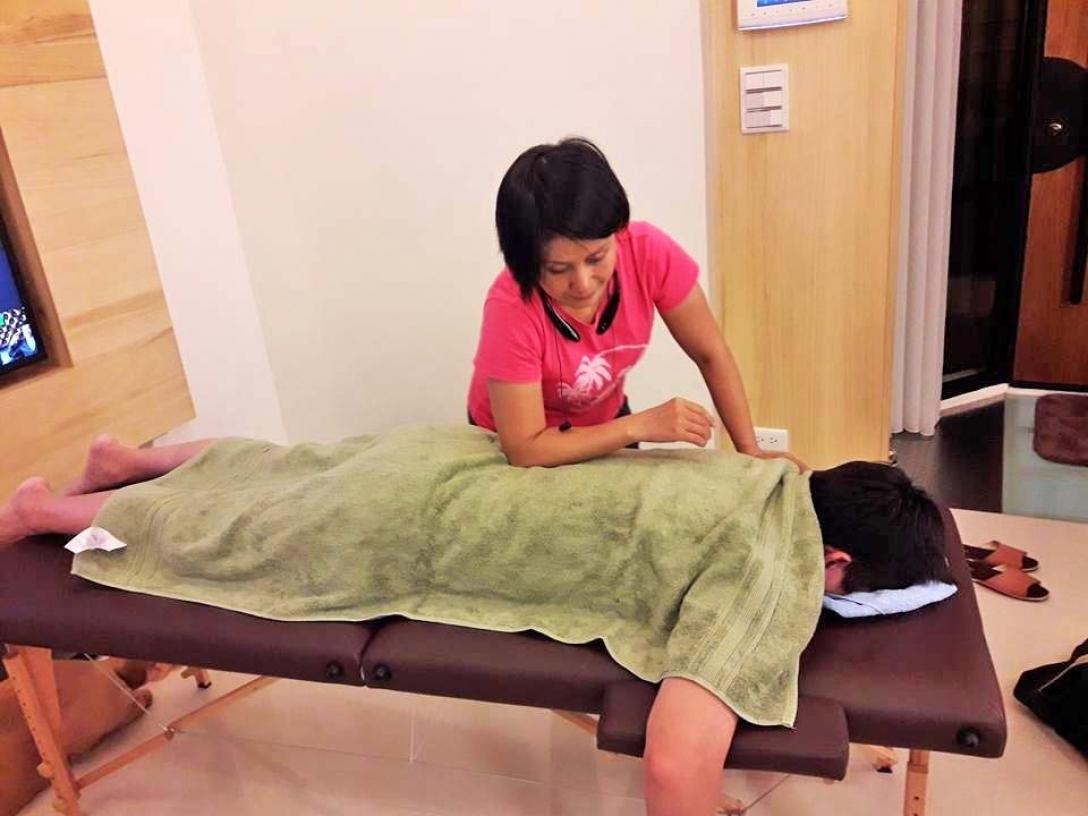 徐老師台北新北月子中心醫院到府按摩