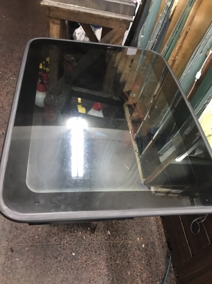 勝安汽車玻璃-隔熱紙