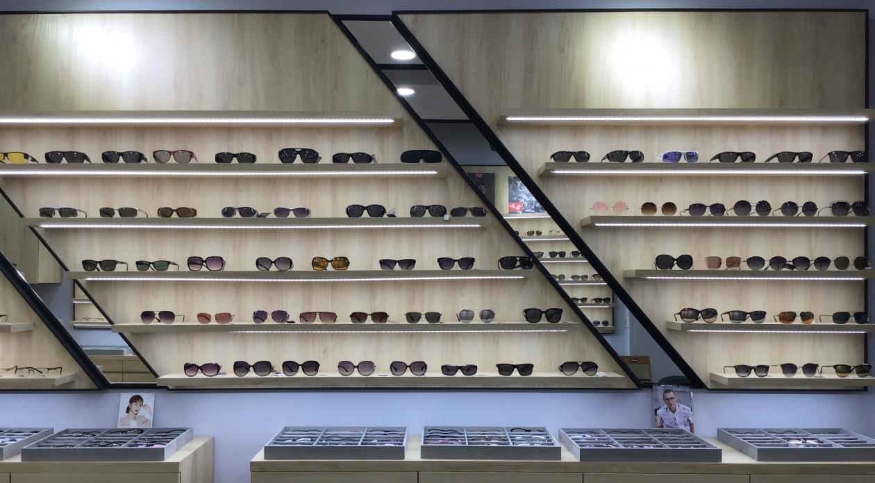 勁順眼鏡-屏東眼鏡行推薦