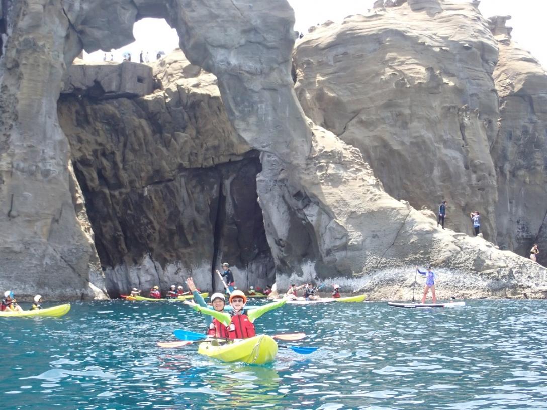 山水漾基隆象鼻岩獨木舟立槳濳水溯溪樹攀