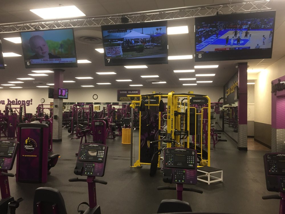 Rhodes club fitness gulfport ms
