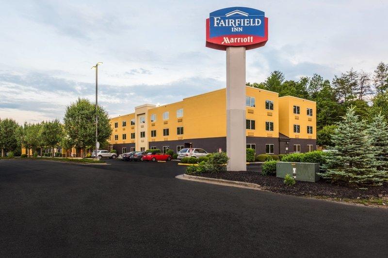 fairfield inn by marriott asheville airport in fletcher. Black Bedroom Furniture Sets. Home Design Ideas
