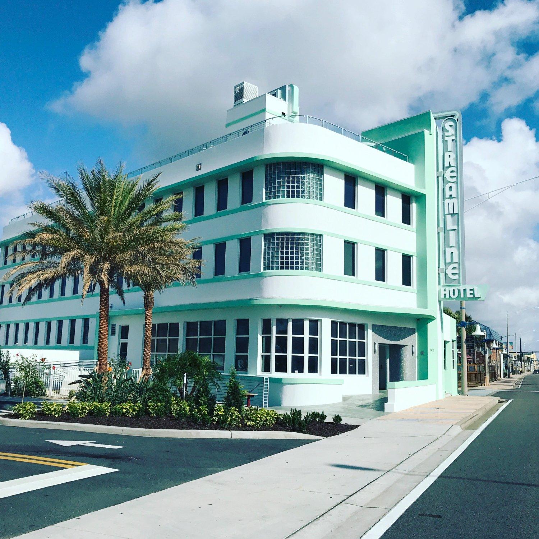South Daytona Florida: Streamline Hotel In Daytona Beach