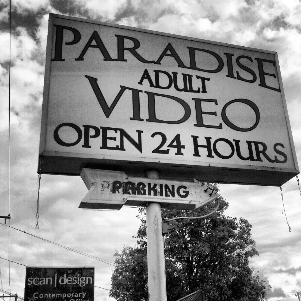 Paradise Video 14712 SE Stark