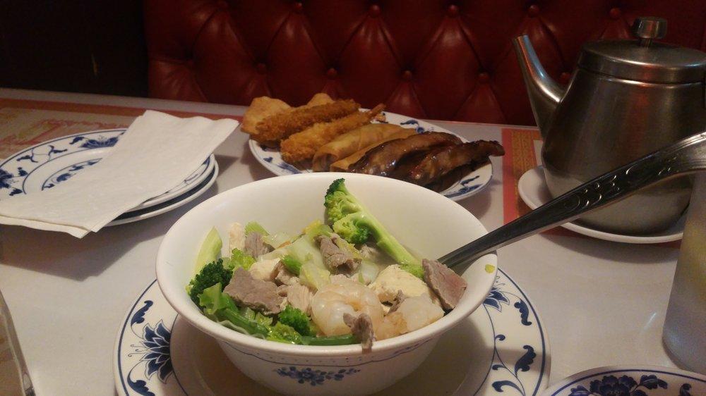 Golden Garden Chinese Restaurant In Hesperia Golden Garden Chinese Restaurant 17253 Main St