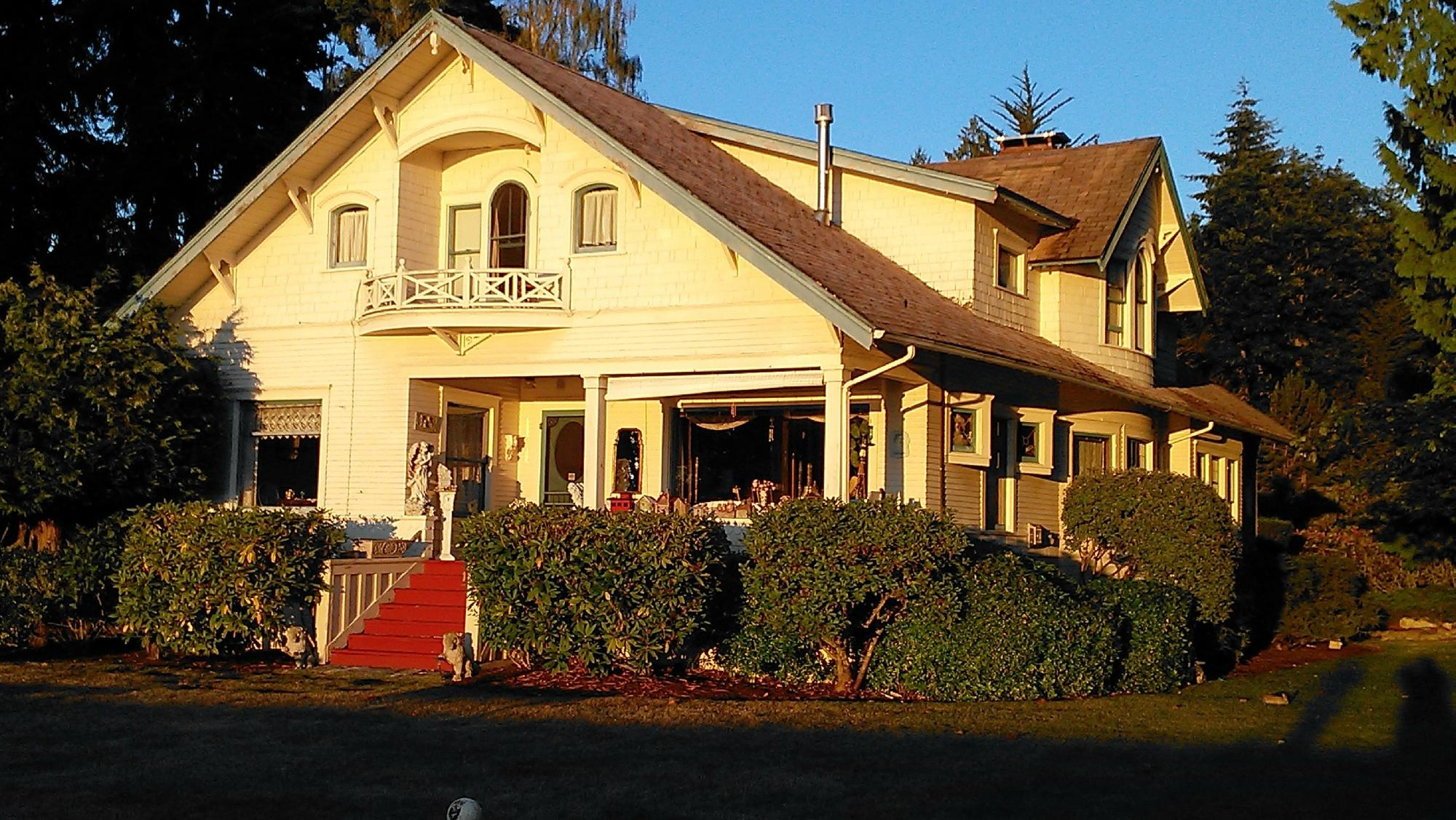Mukilteo Bed And Breakfast
