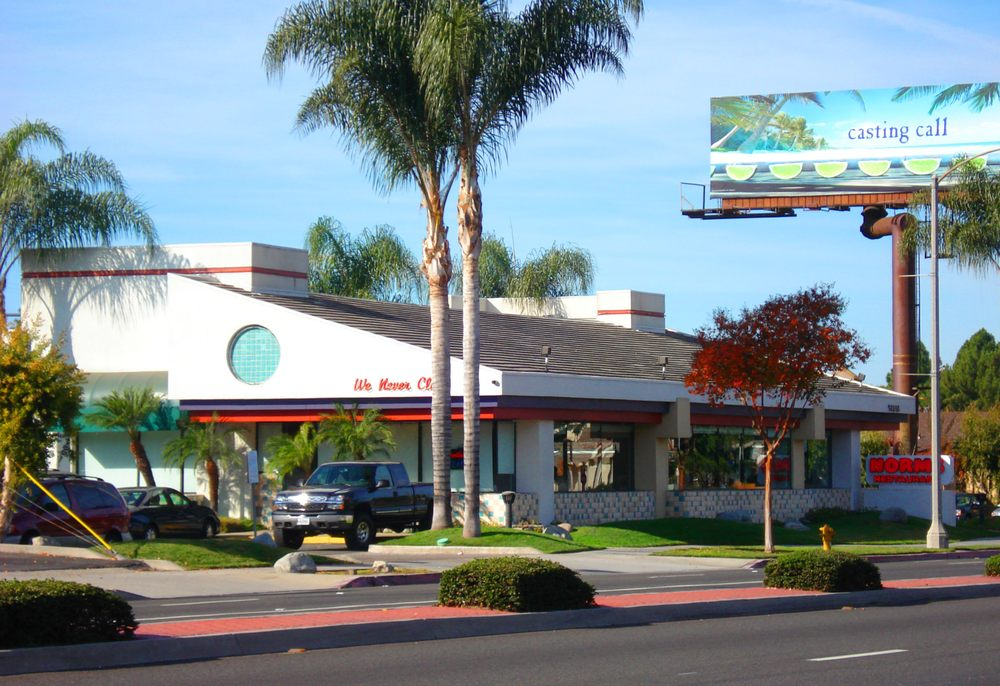 Norms Restaurant Whittier Ca