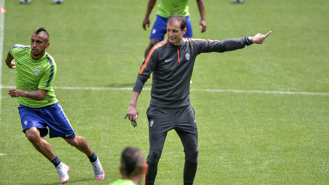 Allegri: team character will help Juventus against Barcelona