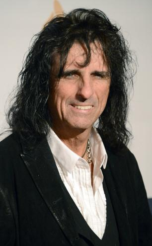 Q&A: Alice Cooper Plans Classic Rock Covers Album