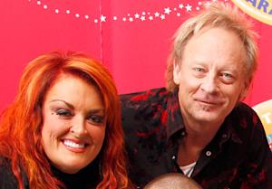 Wynonna Judd's Husband Cactus Moser Loses Leg After Motorcycle Crash
