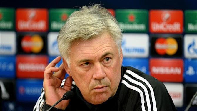 Football - Milan 'won't give up on Ancelotti'