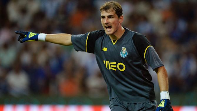 VIDEO: Casillas produces super save to help Porto past Boavista
