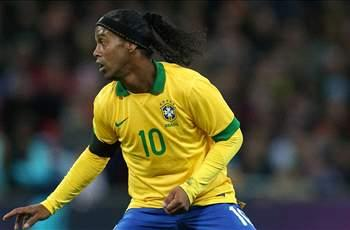 Ronaldinho returns to Brazil squad