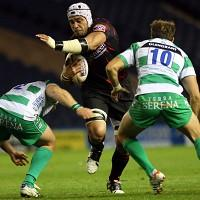 Treviso, green and white shirts, in action against Edinburgh