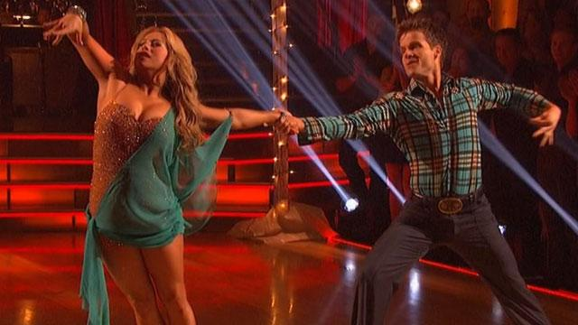 'DWTS' Does Country Night