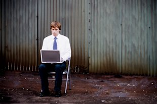 Salespeople Working Remotely: Yes or No? image iStock 000002364897 ExtraSmall