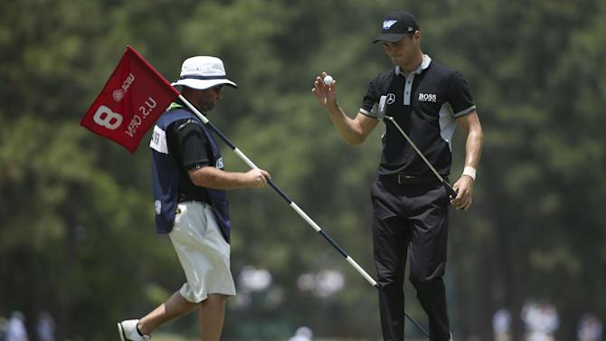 US Open - Kaymer leads by six after incredible 65-65 start