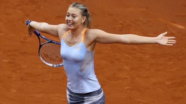 Tennis - Sharapova makes easy work of Stuttgart title defence