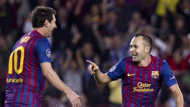 Liga - Iniesta appeals for help to save boyhood club