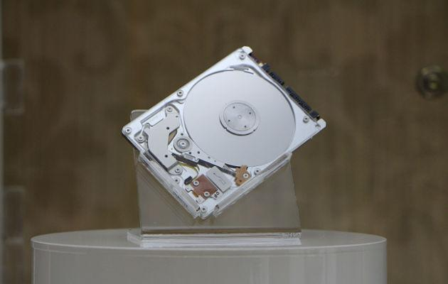 A*STAR's Data Storage Institute launches their 5mm hybrid hard drive on Thursday. (Yahoo! photo/ Deborah Choo)