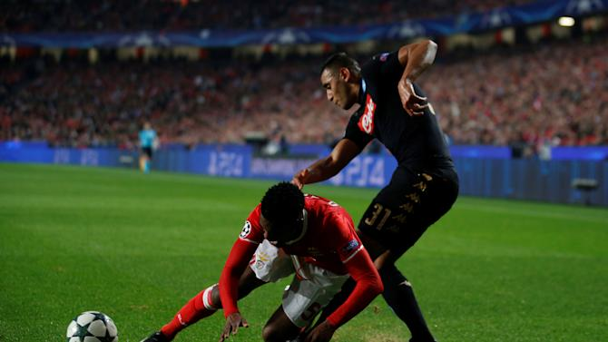 Football Soccer - Benfica v Napoli - UEFA Champions League group stage