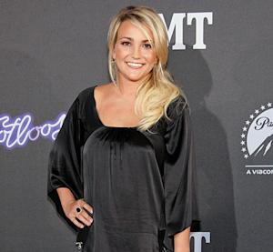 Jamie Lynn Spears Shares Adorable Picture of Daughter Maddie, 5, and Fiance -- See What Her Family Looks Like Now