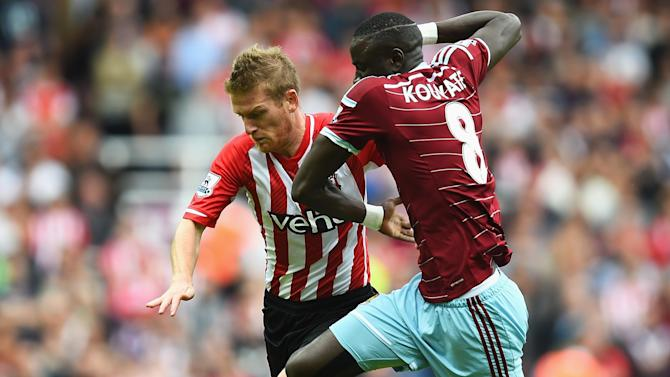 Premier League - West Ham's Kouyate out for six weeks, says co-owner Gold