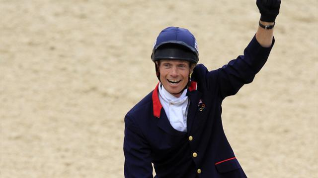Equestrian - Fox-Pitt has it all to play for at Burghley Horse Trials